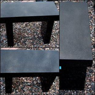 черный гранитный скамейка